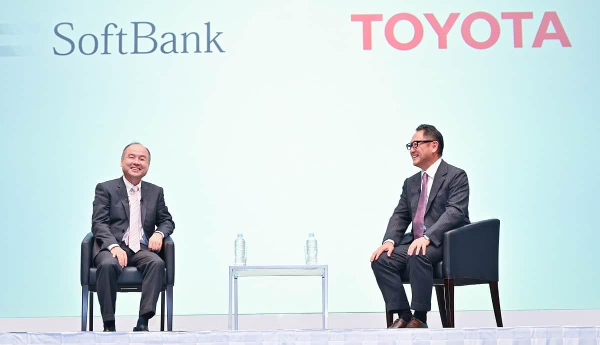 Wollen gemeinsam Toyota Elektroautos entwickeln: Toyota und Softbank