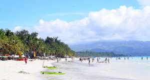 Philippines island Boracay, tourism boost Philippine economy